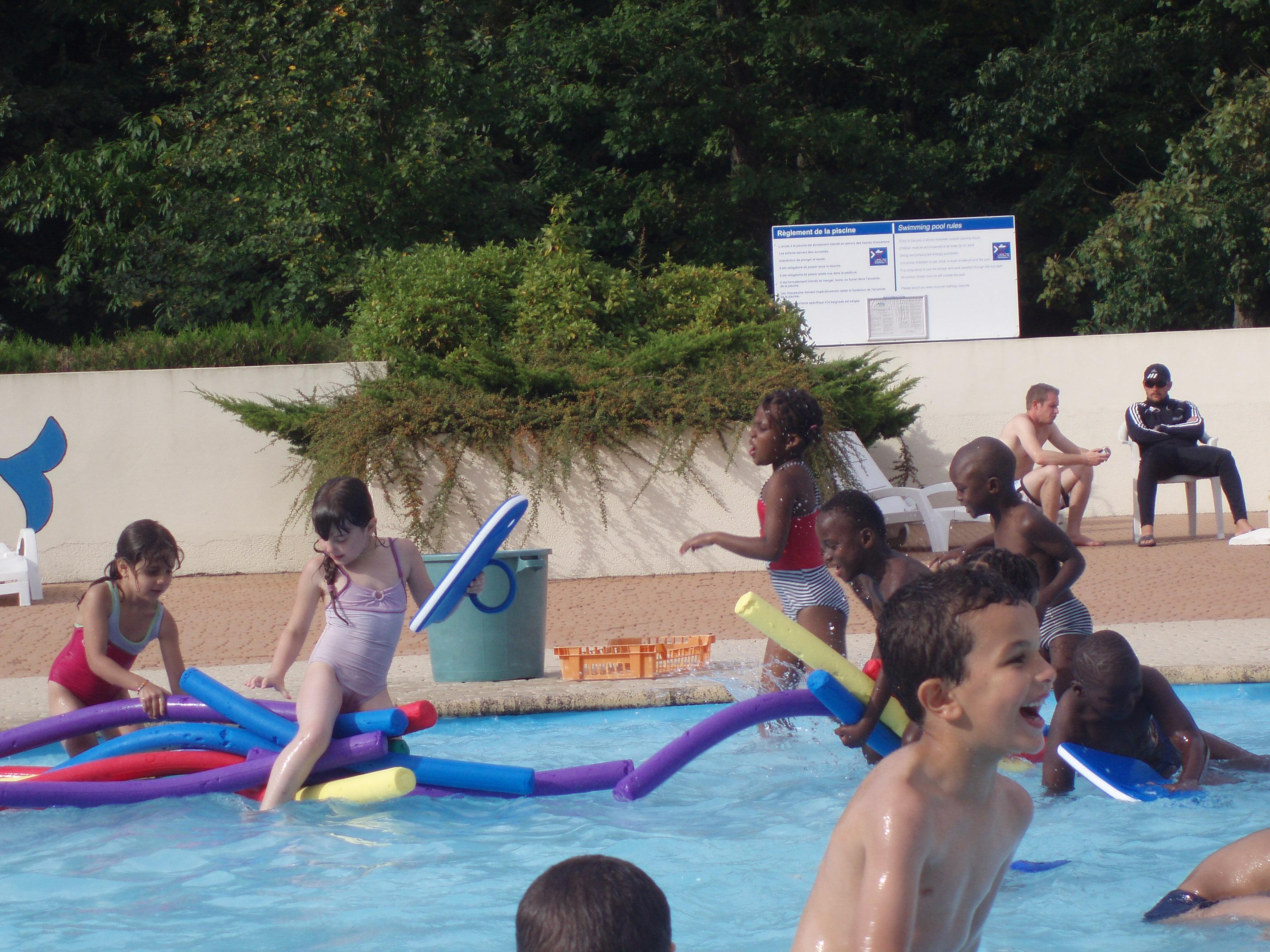 piscine bois du lys